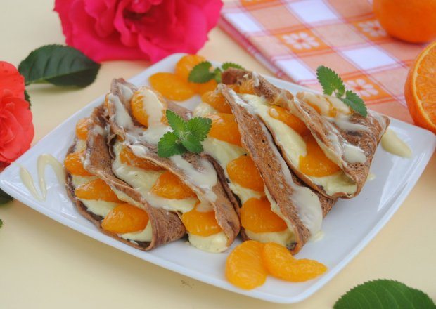 Czekoladowe naleśniki z mandarynką