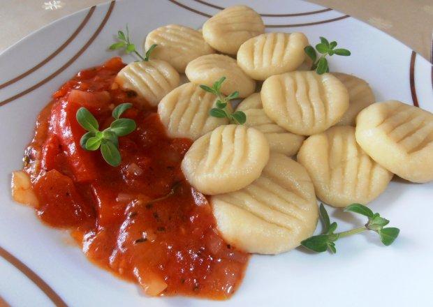 Gnocchi z sosem paprykowym