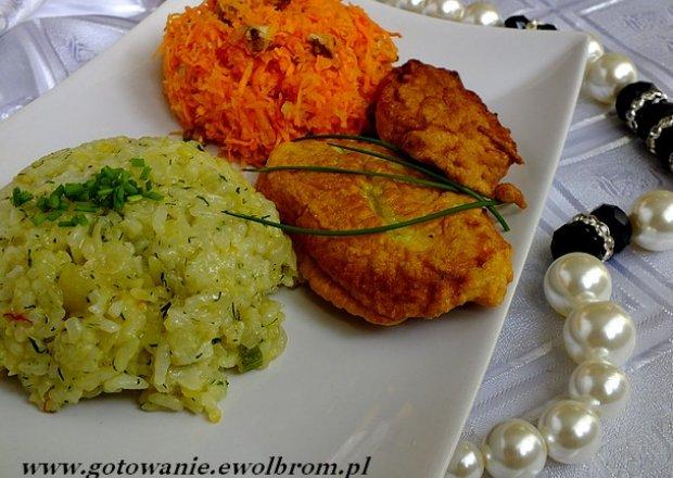 Nuggetsy z jaśminowo – szafranowym ryżem