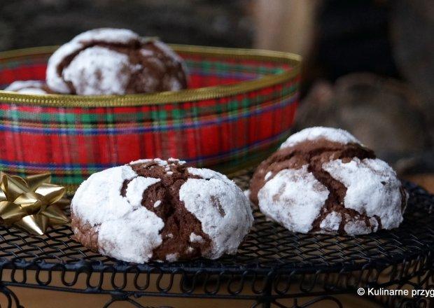 Popękane czekoladowe ciasteczka (chocolate crinkles)