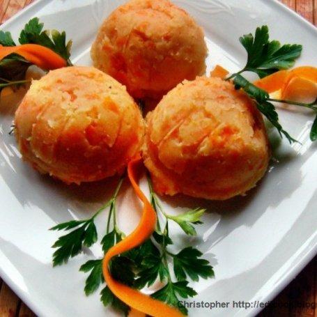 Puree ziemniaczano marchewkowe.