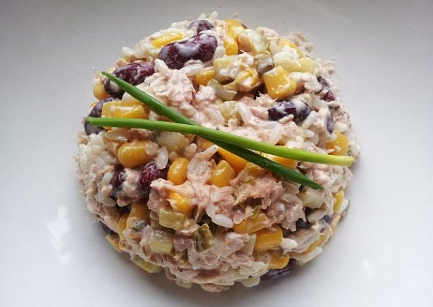 Sałatka meksykańska z tuńczykiem