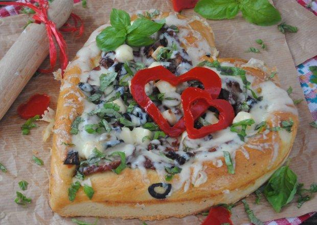 Walentynkowa pizza