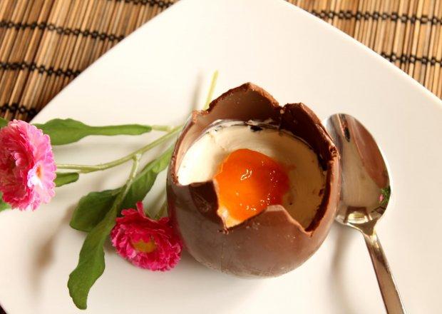 Wielkanocny sernik jajo