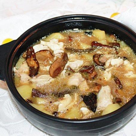 Zupa jesienna z grzybami leśnymi