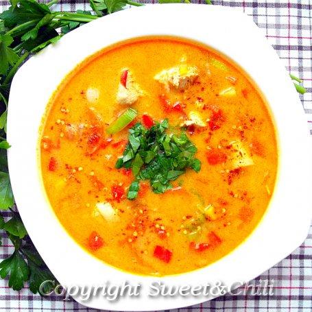 Zupa z kurczakiem i fistaszkami